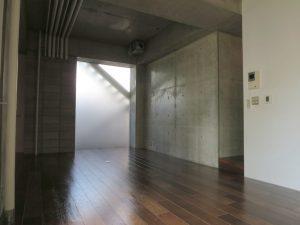 メトロサ103室内2